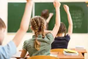 Lekcja religii zamiast obiadu w szkole