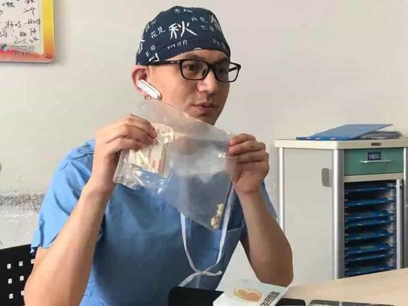 Lekarze wydobyli zęby z mózgu dziecka