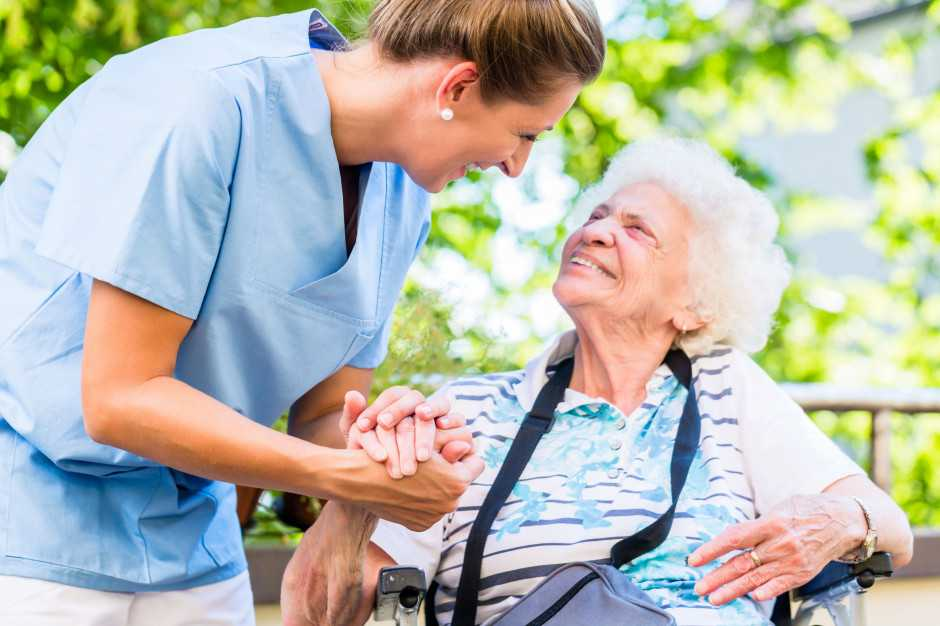 Więcej pieniędzy na bezpłatne leki dla seniorów. Sejm przyjął ustawę