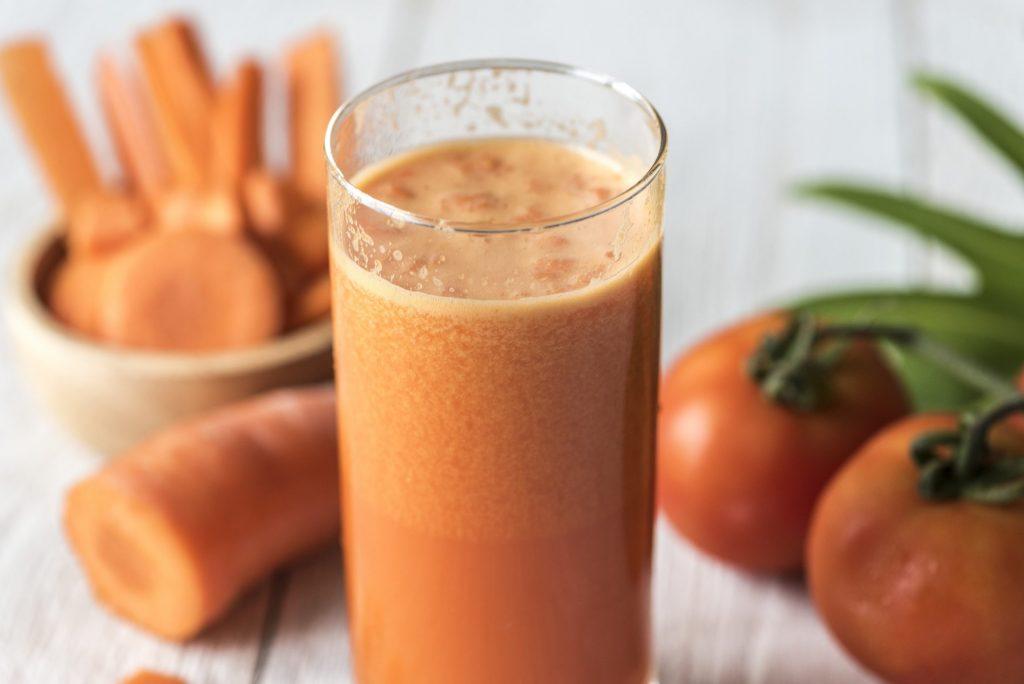 10 cudownych właściwości soku z marchwi