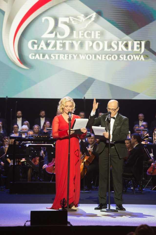Dominika Figurska postanowiła zamienić karierę aktorską, na karierę polityczną