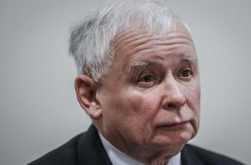 Kaczyński PODPADŁ ogromnej rzeszy Polaków. Bardzo ryzykowny ruch przed wyborami