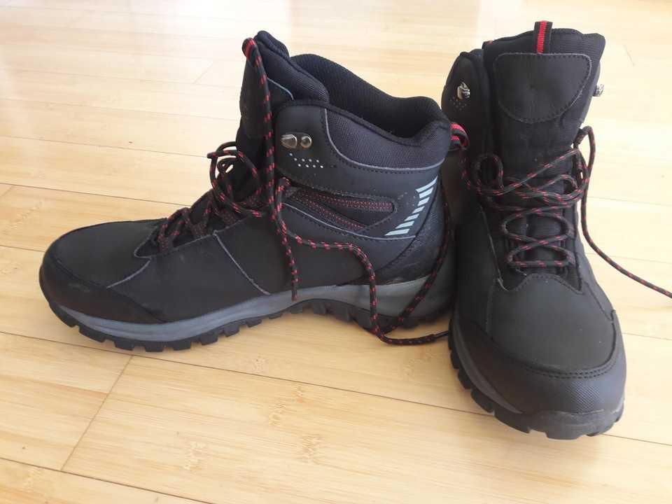 Test butów z Biedronki. Sprawdziliśmy czy dają radę