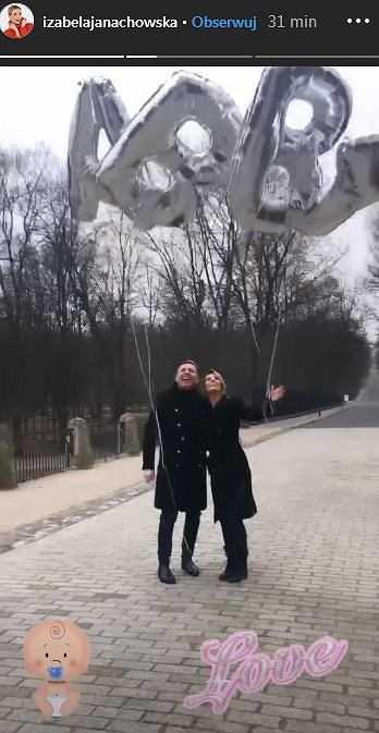 Izabela Janachowska jest w ciąży! Dodała urocze zdjęcie z mężem: Jesteśmy najszczęśliwsi na świecie.