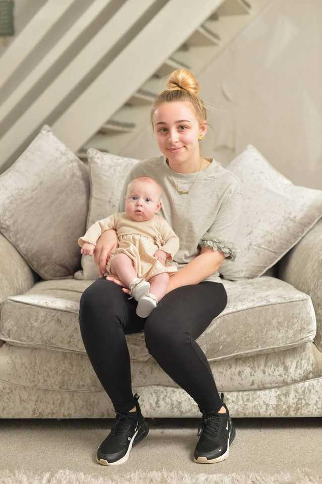 Nastolatka nie wiedziała, że jest w ciąży. Gdy się obudziła, pokazali jej córkę