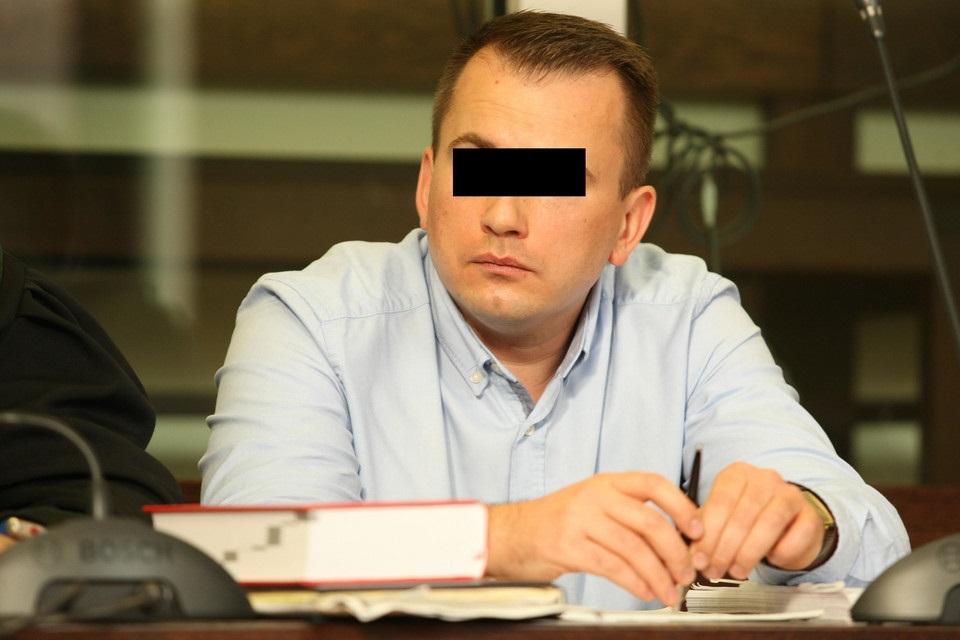 Poszukiwanie majątku oszusta. Musi oddać ofiarom 100 mln zł!