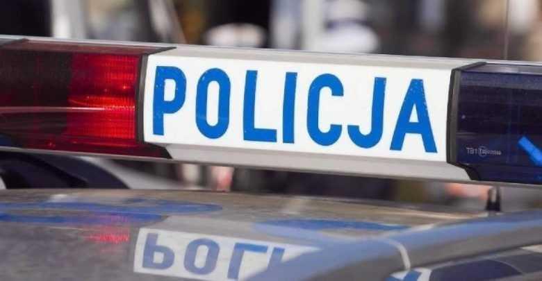 """Policjant potrącił psa i uciekł. """"Zwierzak zdechł na moich rękach krztusząc się krwią"""""""
