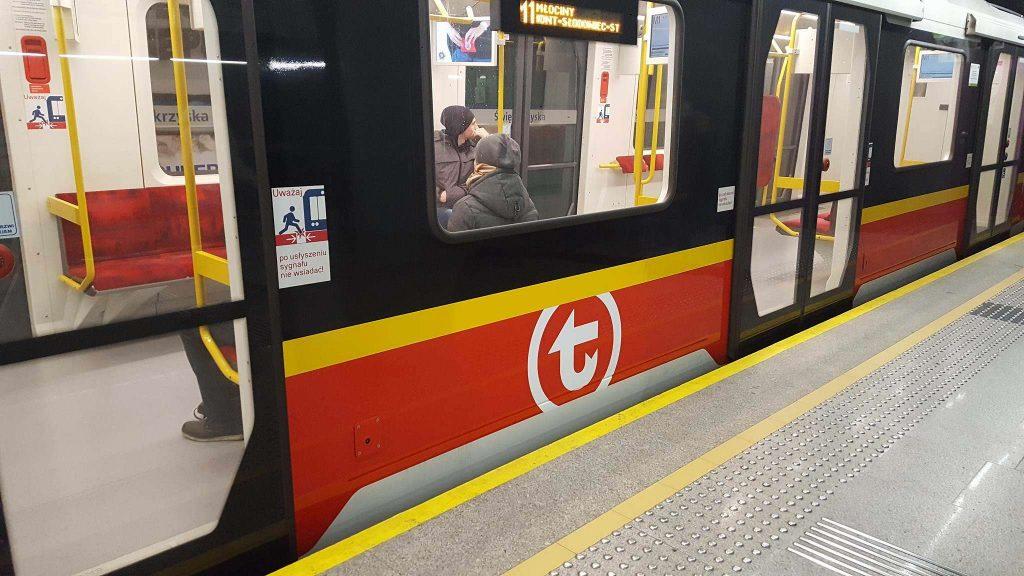 Warszawa: Wypadek w metrze
