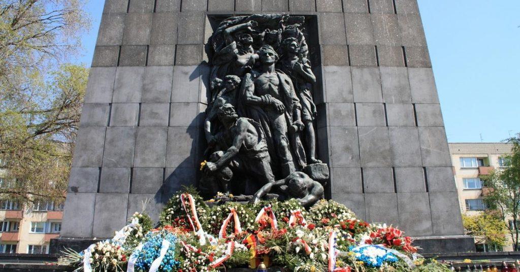 76. rocznica wybuchu powstania w getcie warszawskim. Oficjalne i niezależne obchody
