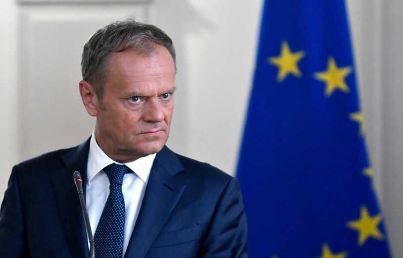 """""""Rz"""": Czy Polacy chcą powrotu Tuska do krajowej polityki? Sondaż"""