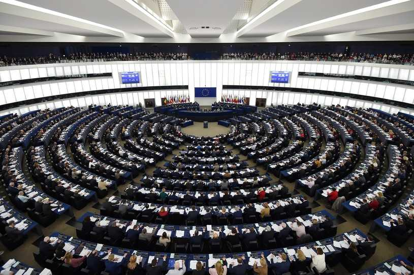"""Sondaż dla RMF FM i """"DGP"""": Zaskakująco wysoka frekwencja w wyborach do PE"""