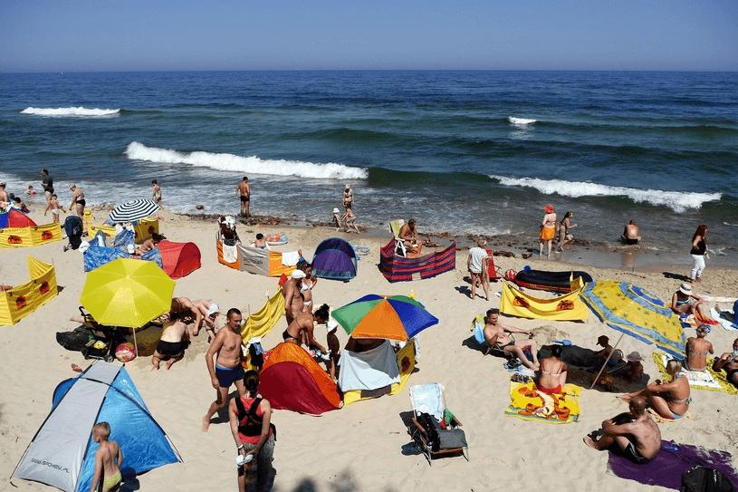 Wakacje 2019. Które plaże nad Bałtykiem będą zamknięte?