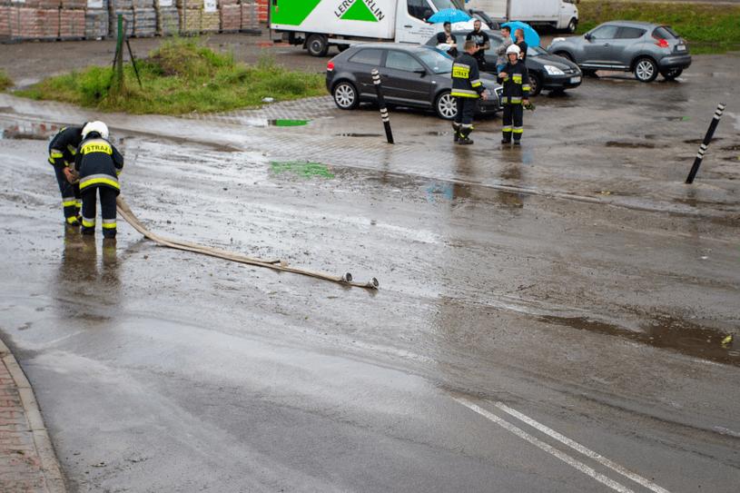 Gwałtowne ulewy nad Polską. Liczne interwencje straży