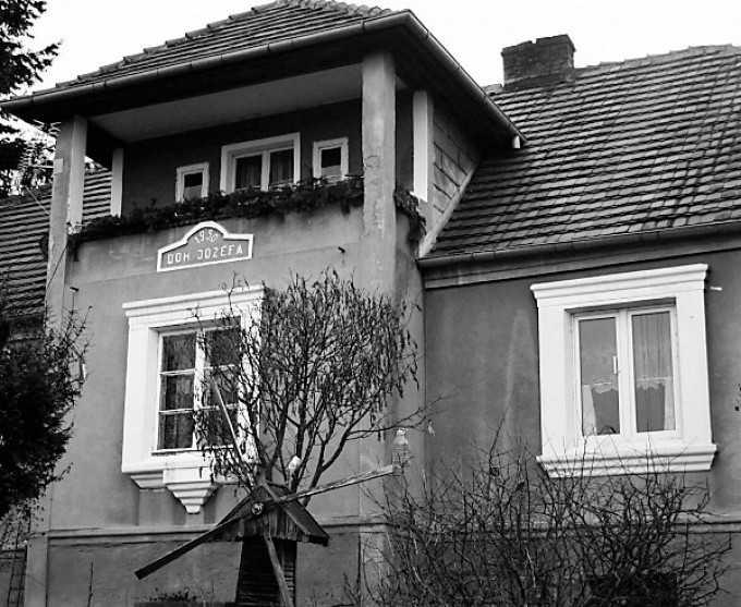 """Lista najbardziej """"nawiedzonych"""" miejsc w Polsce. Wycieczki tutaj tylko dla odważnych"""