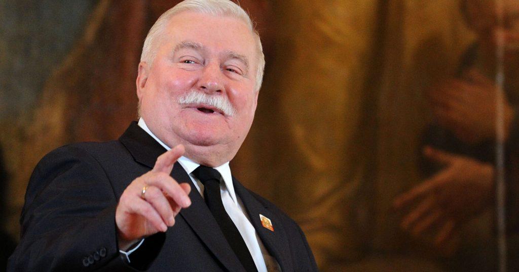 Wałęsa zażartował z prowadzącej na otwarciu hotelu. Były prezydent rozbawił publiczność