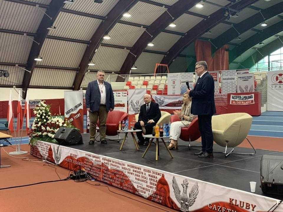 Jarosław Kaczyński: Bielecki proponował likwidację polskiej armii