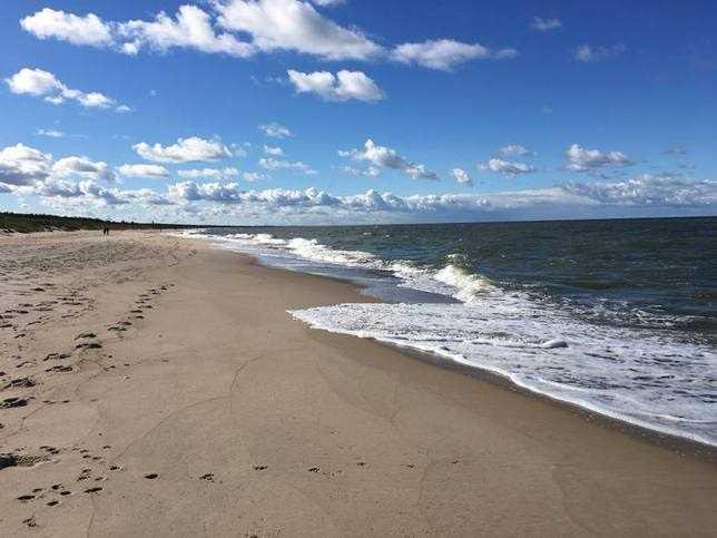 Pogoda. Temperatura wody w Bałtyku i na Mazurach. Sprawdź, które kąpielisko najlepiej wybrać