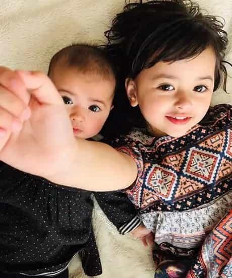Ta niepozorna para doczekała się najpiękniejszych dzieci na świecie. Tak twierdzą internauci