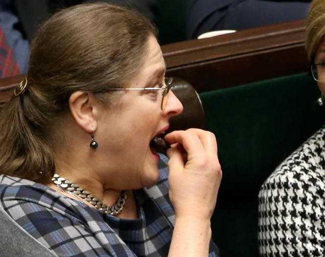 Posłanka Krystyna Pawłowicz w szponach oszustów?