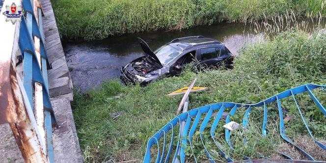 Potrącił rowerzystę, wpadł z mostu do rzeki i uciekł. Przed wypadkiem chlapnął sobie 0,5 litra
