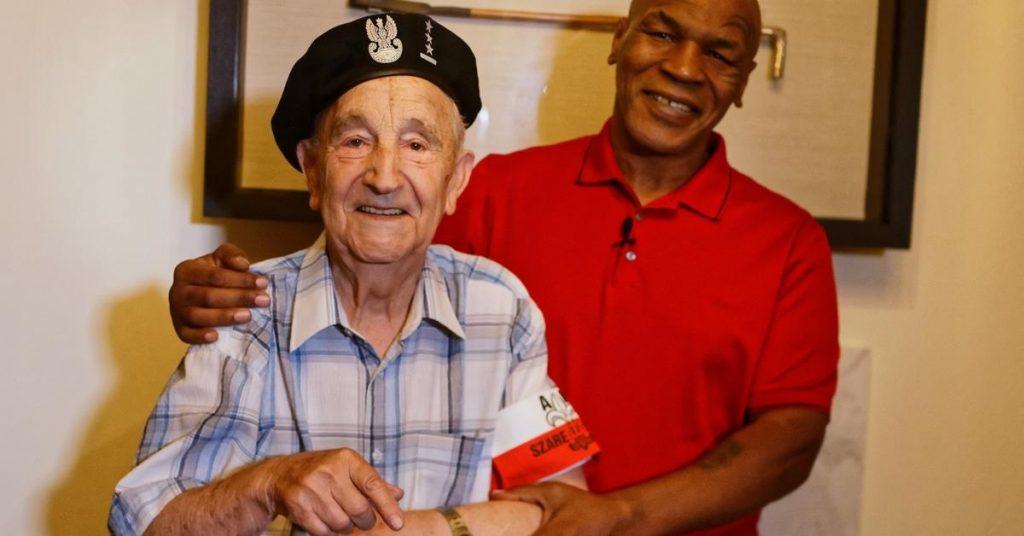 Mike Tyson spotkał się z powstańcem warszawskim