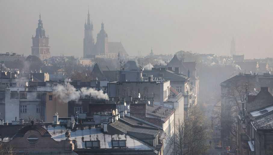 Sejm walczy o lepsze powietrze. Nowy projekt zapowiada surowe kary za smog