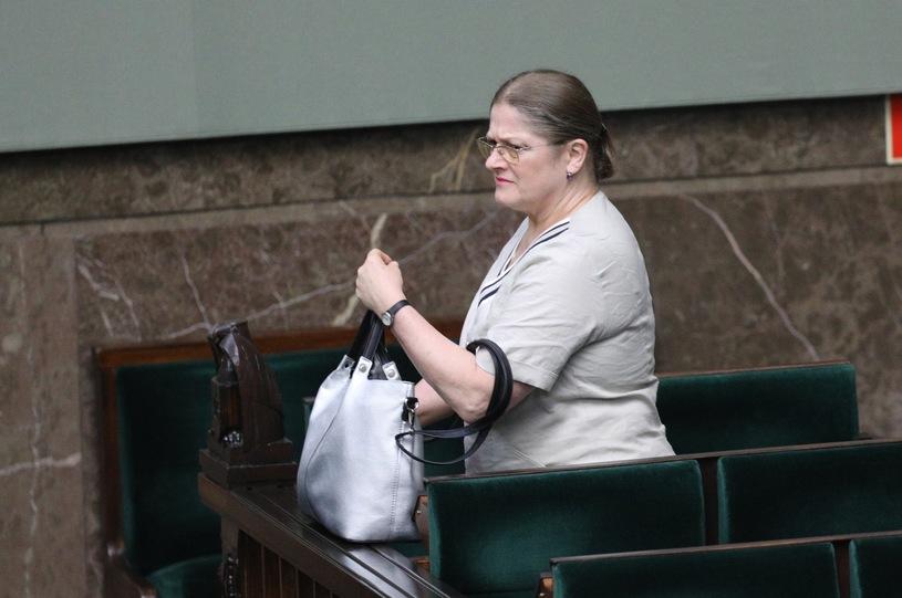 Krystyna Pawłowicz do reportera TVN24: Na kolana i przeproś