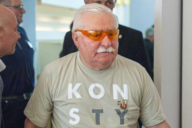 """Wałęsa wyznaczył 250 tys. złotych nagrody. """"Wypłacę ją przy pomocy sympatyków"""""""