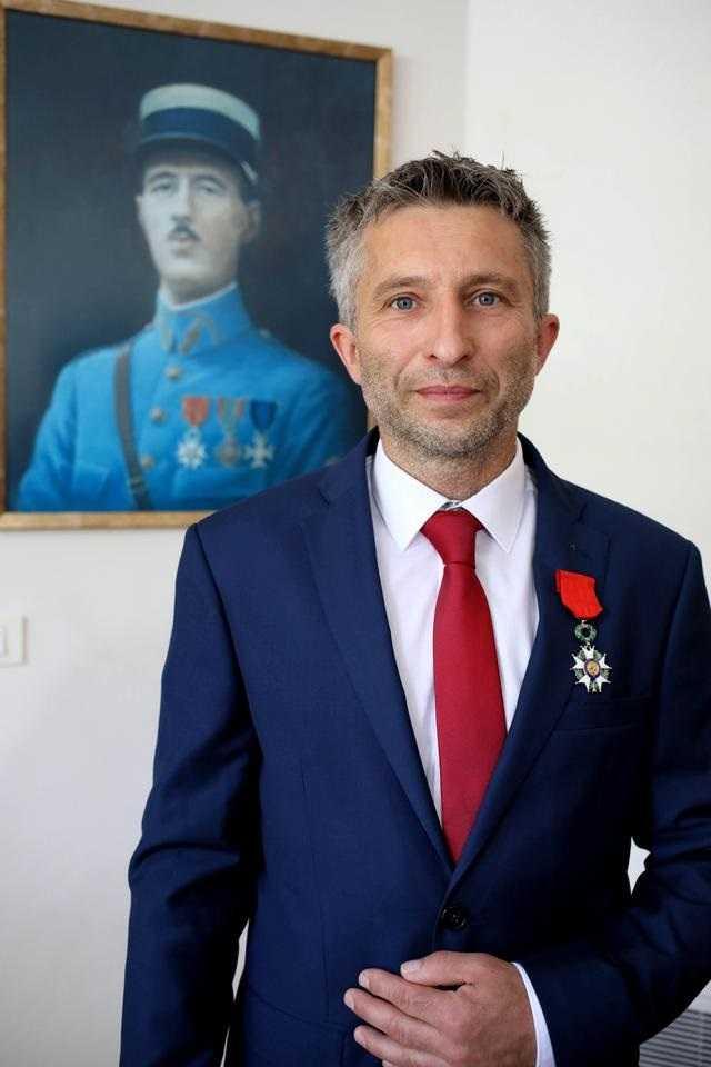Emmanuel Macron odznaczył polskiego bohatera z Nanga Parbat