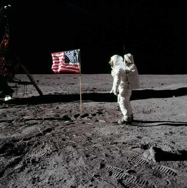 Misja kosmiczna Apollo 11. Lądowanie na Księżycu w Google Doodle