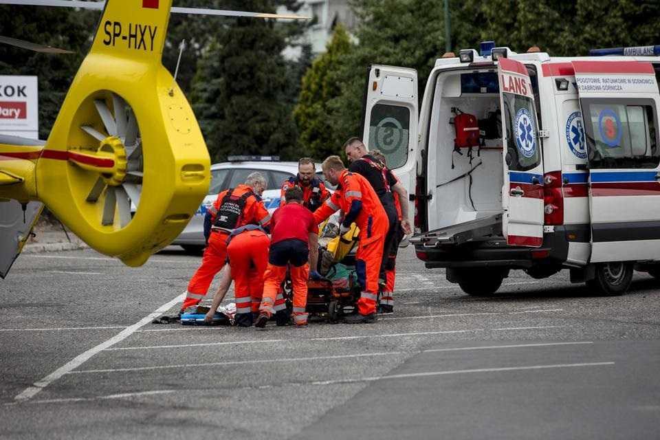 Wstrząs na kopalni. Są ranni, trzy osoby nie żyją