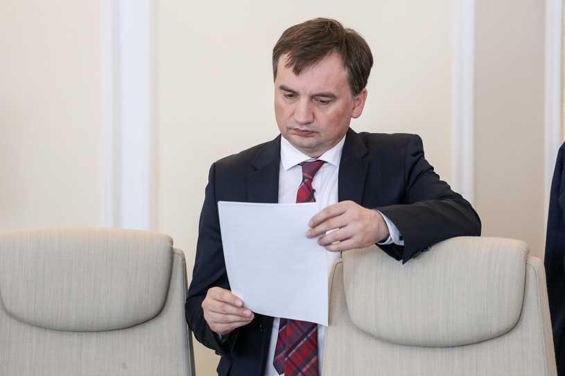 Polacy chcą dymisji Ziobry. Najnowszy sondaż