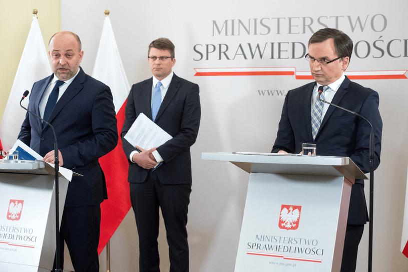 Wiceminister sprawiedliwości Łukasz Piebiak rezygnuje