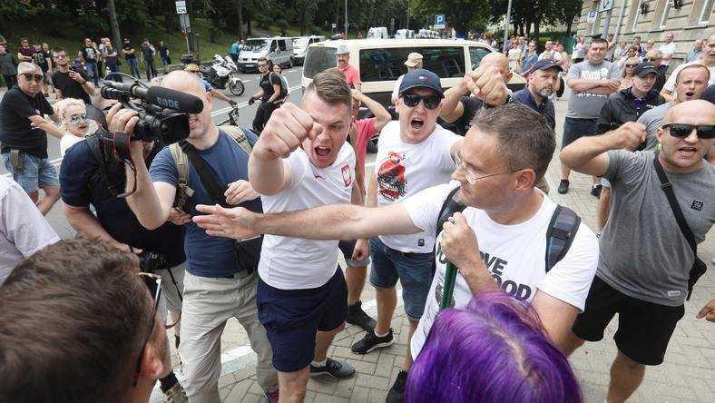 700 tys. zł od rządu dla aktywistów, którzy blokowali Marsz Równości w Białymstoku