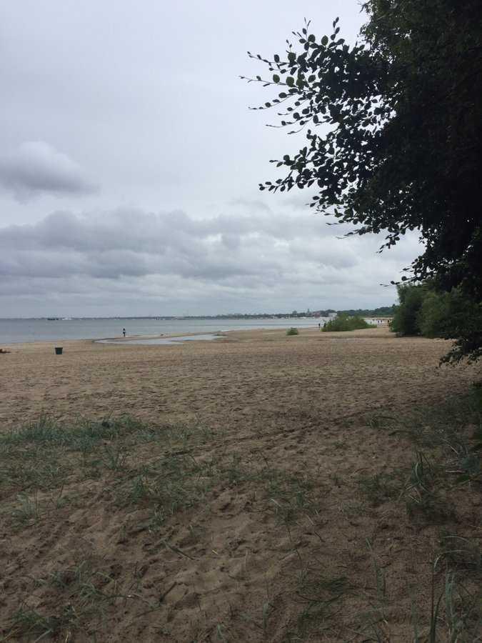 Atak pedofila na plaży w Sopocie. Policja ma sprawcę, ale zgubiła ofiarę