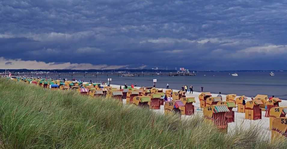 5 osób zakażonych po kąpieli w Bałtyku. Jedna zmarła