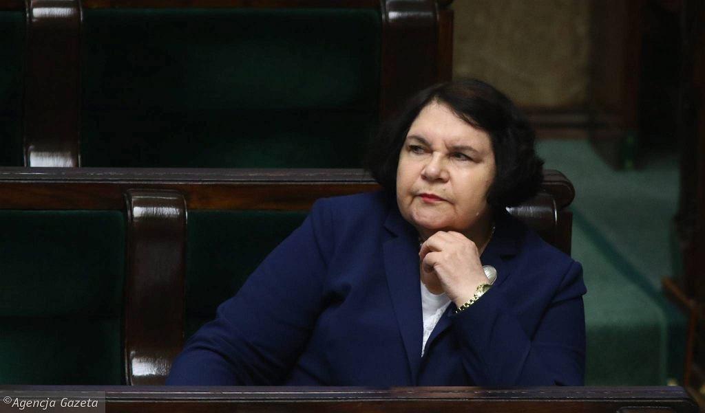 Anna Sobecka: duchowni powinni podlegać takiej ochronie jak funkcjonariusze publiczni