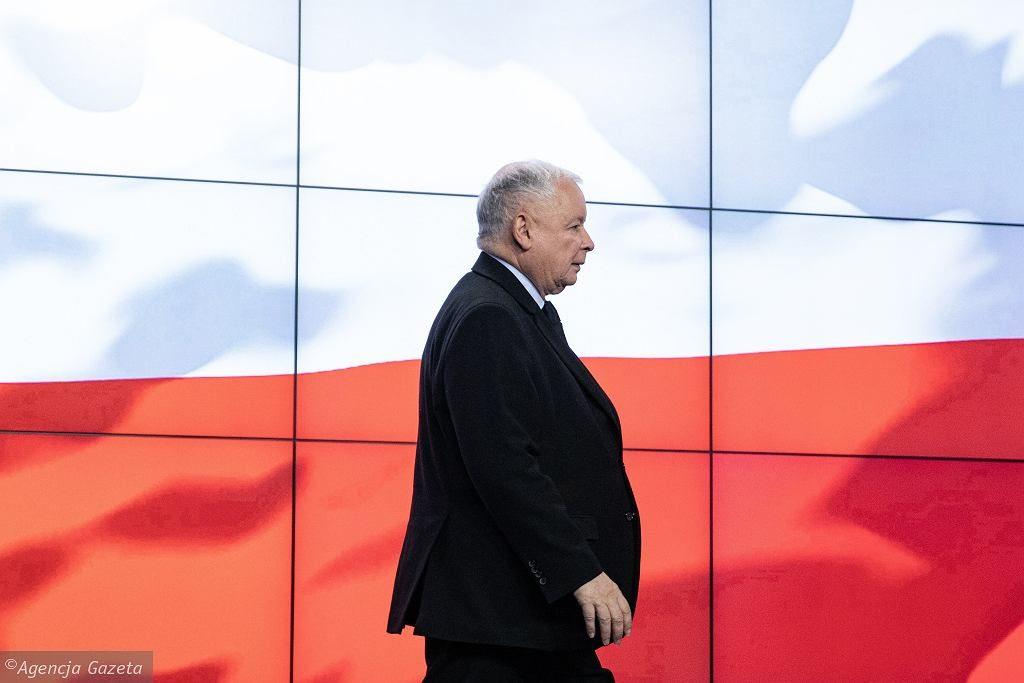 Pilne spotkanie kierownictwa PiS. Jest nowa lista polityków, którzy lecieli z Kuchcińskim