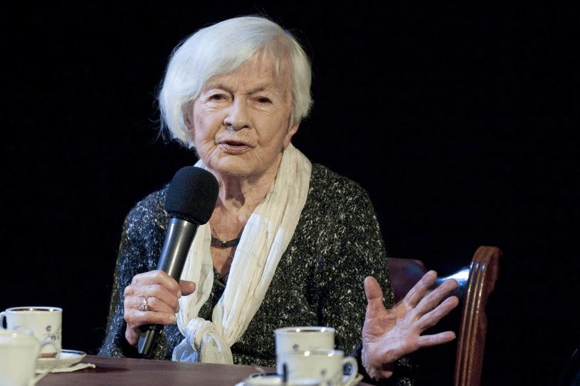 Danuta Szaflarska przeżyła 102 lata, ale w jej życiu nie było kolorowo. O tym mało kto wieDanuta Szaflarska przeżyła 102 lata, ale w jej życiu nie było kolorowo. O tym mało kto wie