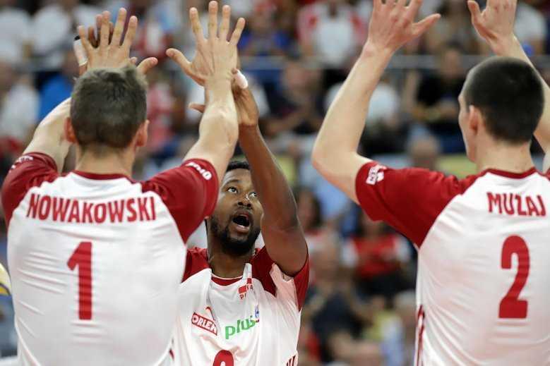 Siatkarze pokazali piłkarzom, jak wygrywać z Niemcami. Polska w półfinale ME