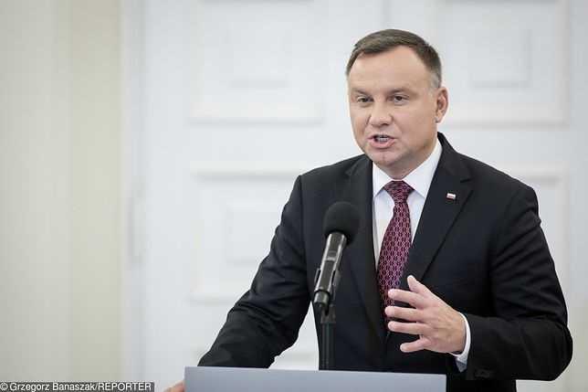 """Ostra reakcja Andrzeja Dudy na akcję """"Nie świruj, idź na wybory"""""""