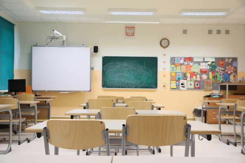 """Edukacja seksualna w szkole? Sondaż RMF i """"DGP"""""""