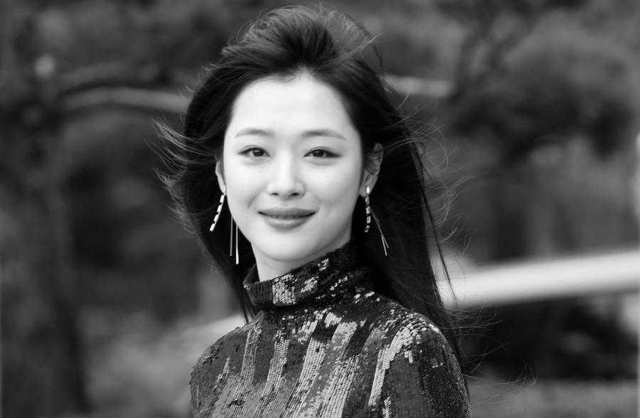 Piosenkarka Sulli nie żyje. Gwiazda sceny K-pop miała zaledwie 25 lat