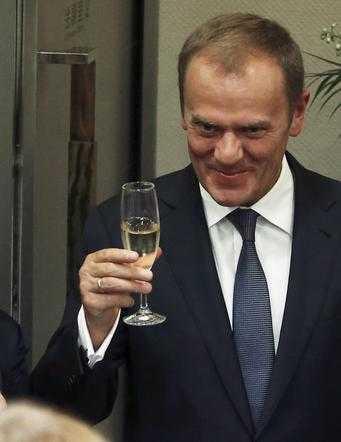 Tusk wydał pół miliona na szampana. Roczny bilans procentów Rady Europejskiej