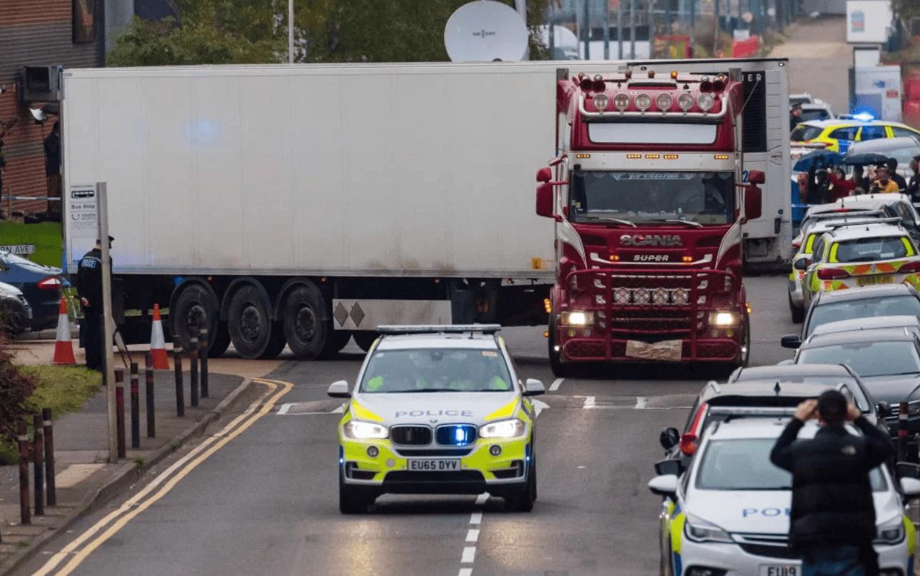 Wielka Brytania: 39 ciał w ciężarówce. Jedna z ofiar napisała rodzinie pożegnalną wiadomość