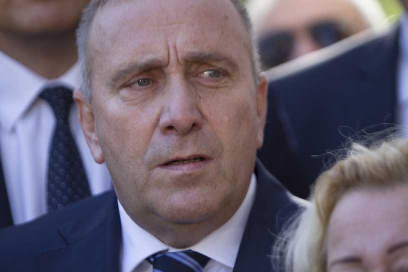 Polacy nie ufają Grzegorzowi Schetynie. Sondaż IBRiS