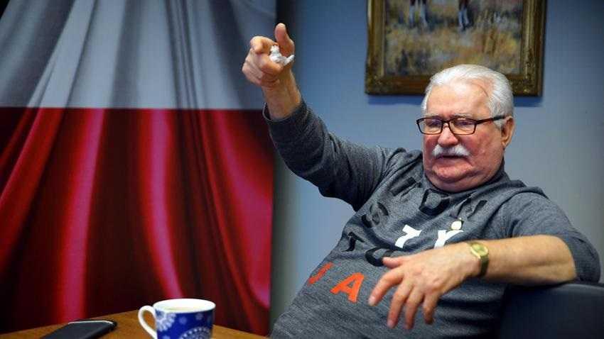 Wałęsa martwił się, gdy widział Niemców tańczących na gruzach muru berlińskiego. Dziś ujawnia dlaczego
