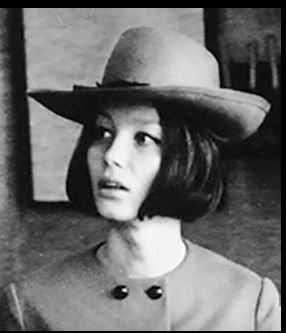 Mąż utrudniał Poli Raksie karierę aktorską. Był o nią chorobliwie zazdrosny i wdawał się w liczne romanse