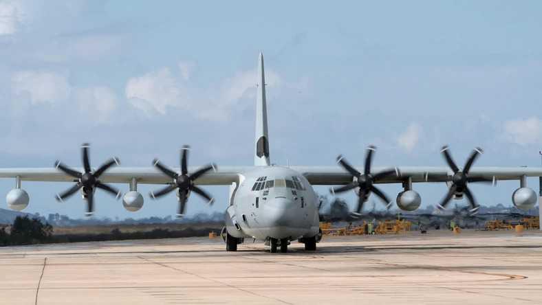 Awaryjne lądowanie Herculesa w Balicach