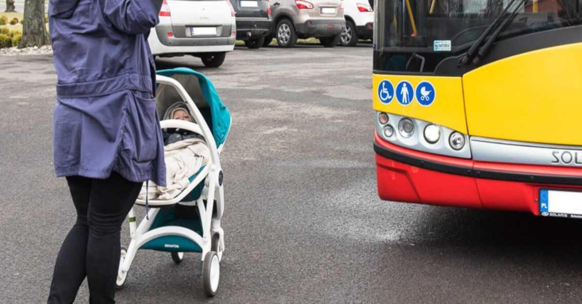 Pijana matka wyjęła synka z wózka i rzuciła nim o asfalt. Później kopała go w główkę